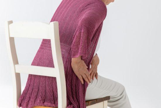 高齢者の股関節の痛み