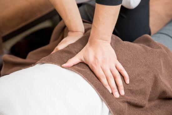 腰部に対する徒手理学療法
